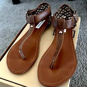 Steve Madden T-Strap sandals